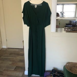 Chic green maxi dress